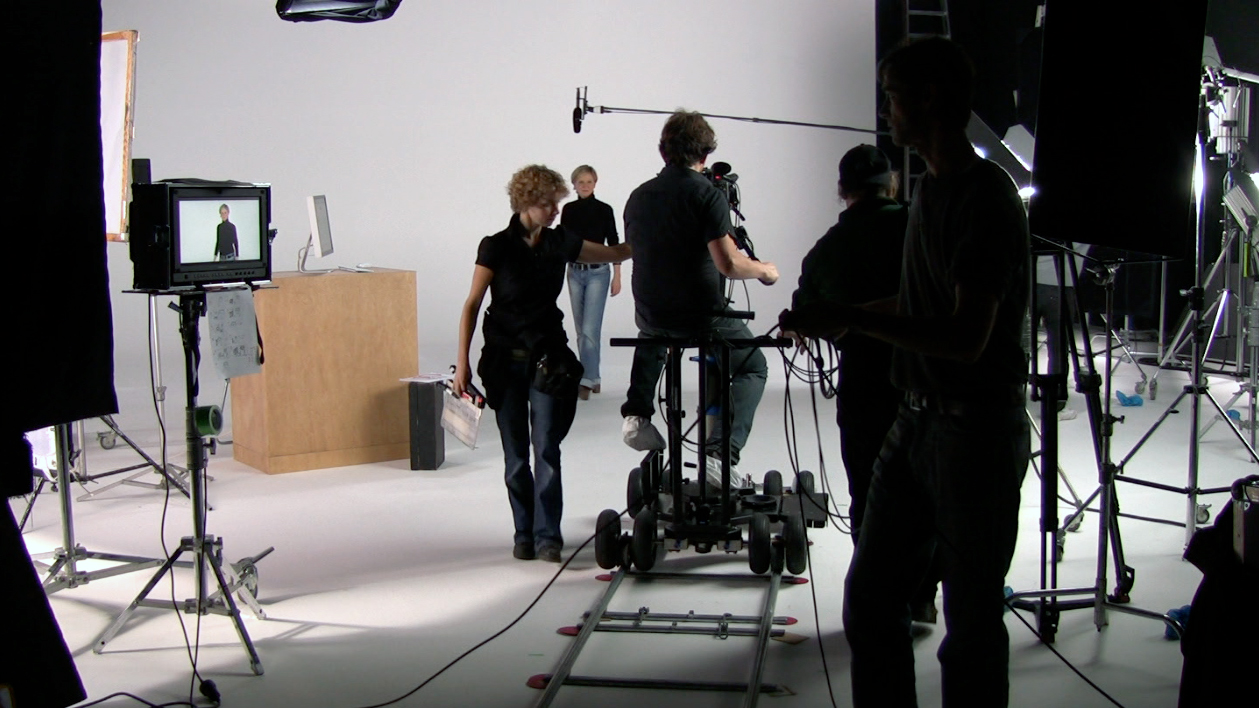FILM MAKING - WHAT YOU NEED TO KNOW MAKING YOU FIRST MOVIE & Importance of Lighting for Film \u2013 Movie Maker Central